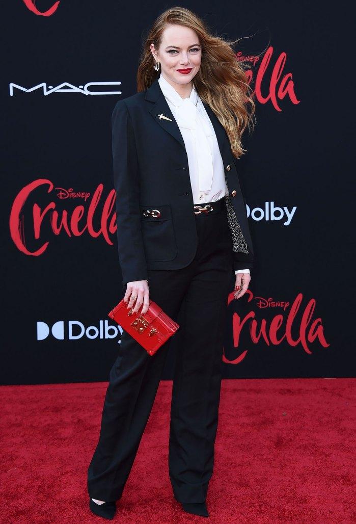 Emma Stone luce un traje inspirado en Cruella en la primera alfombra roja desde que dio a luz