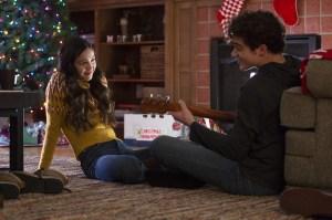 'High School Musical: The Musical: The Series' Season 2 Premiere: Olivia Rodrigo's Nini Tells Joshua Bassett's Ricky She's Moving