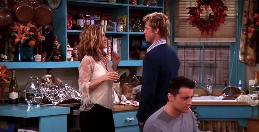 Jennifer Anistons Favorite Friends Guest Star Was Wonderful Brad Pitt