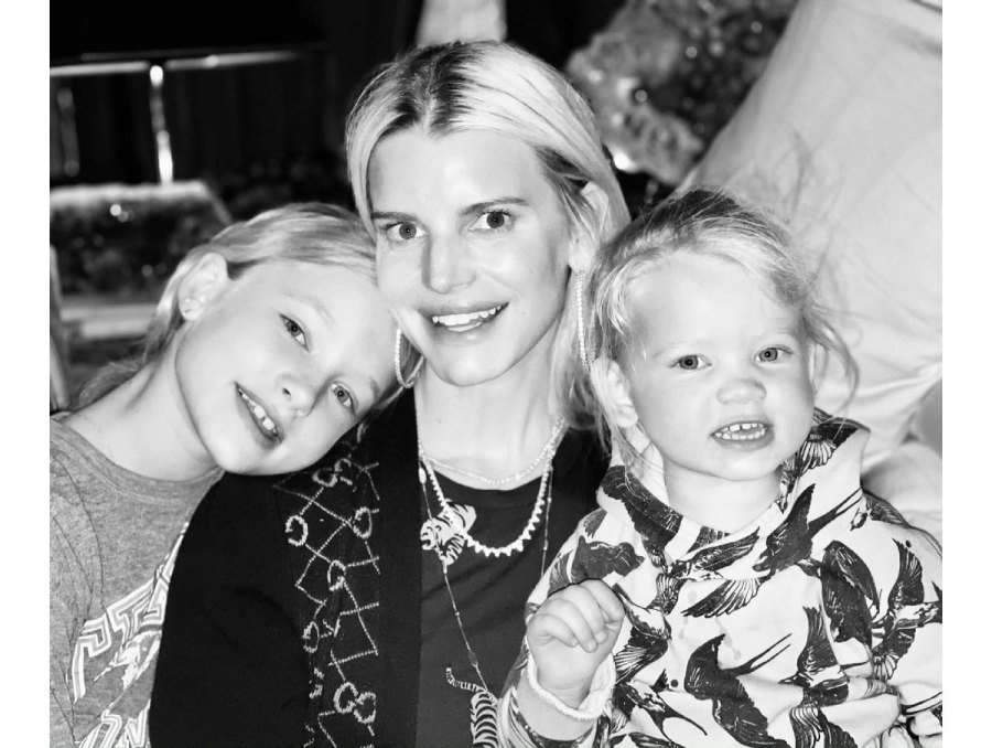 Jessica Simpson Wants to Be a Role Model for Daughters About Body Image 2