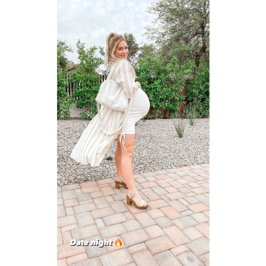 Smiling in Stripes Lauren Burnham Baby Bump Album Ahead Welcoming Twins May 2021