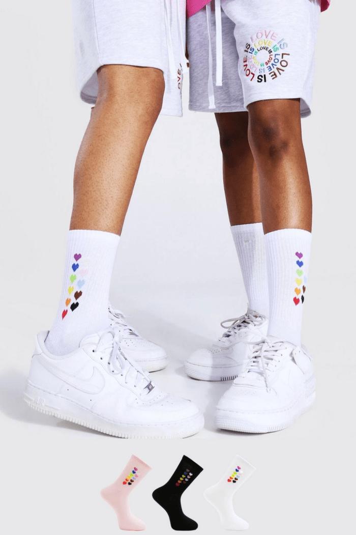 Pride 3 paq. De calcetines deportivos con corazón arcoíris