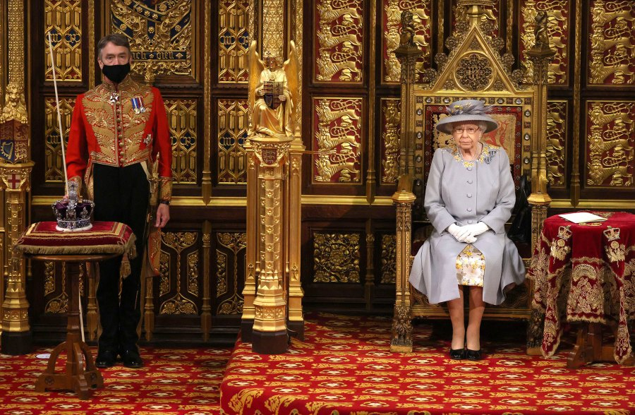 Queen Elizabeth II Makes 1st Official Outing Since Prince Philip Funeral to Open Parliament 3