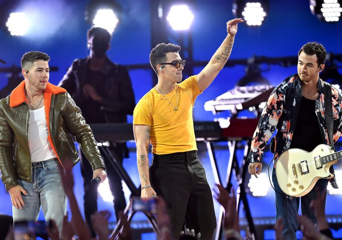So Cool The Jonas Brothers Perform 2021 Billboard Music Awards