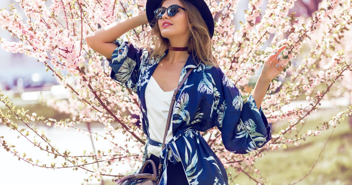 17 Amazing Summer Kimonos That Will Add Glamour to Your Outfit.jpg