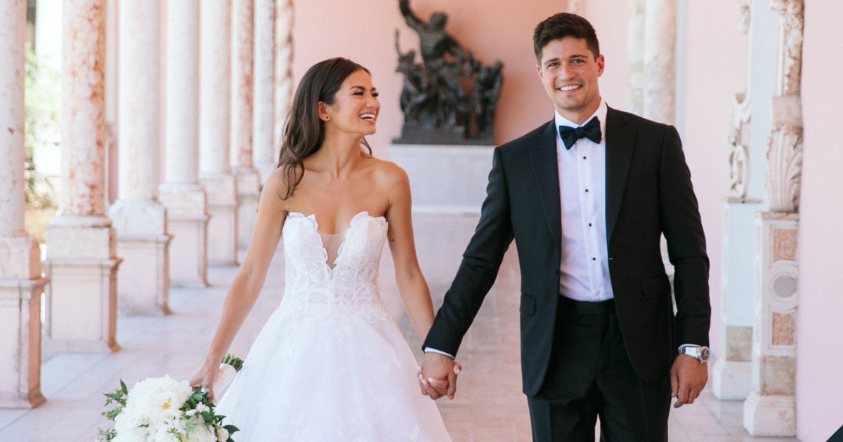Celebrity Weddings of 2021: See Which Stars Tied the Knot.jpg