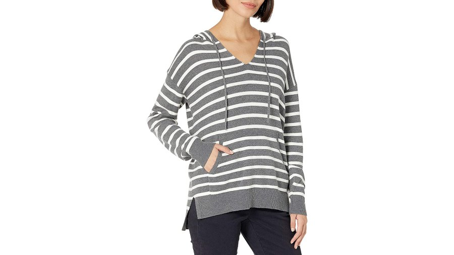 daily-ritual-stripe-hoodie