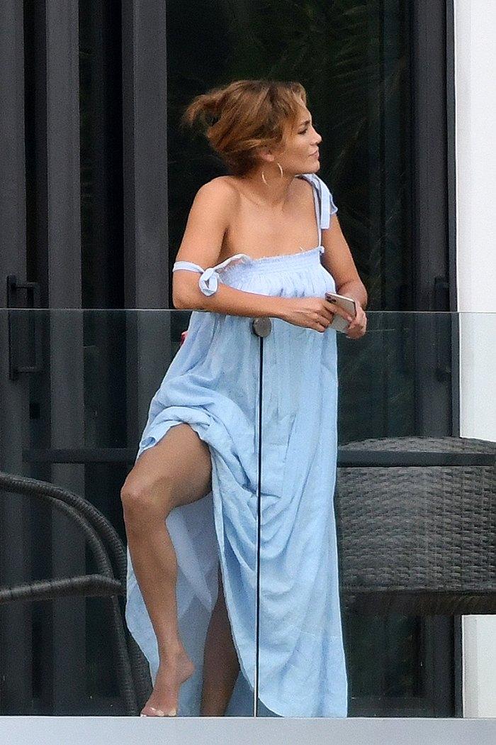 jennifer-lopez-blue-dress1