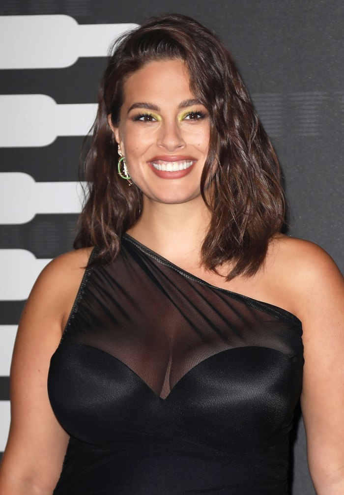 Ashley Graham's Shares Nude Photo: 'It's Hot Out There and So Are You'