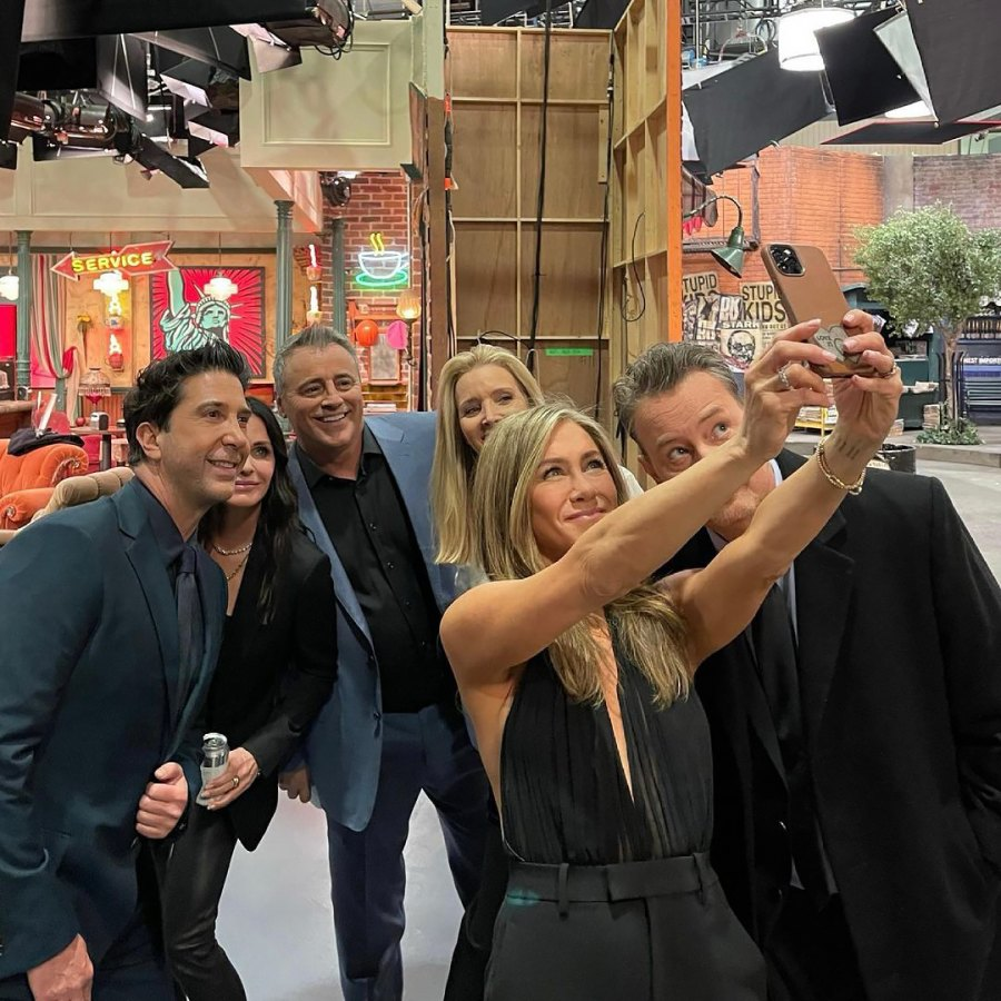 Secret Huddle, Selfies and More! 'Friends' Cast Share BTS Photos From 'Reunion' Special