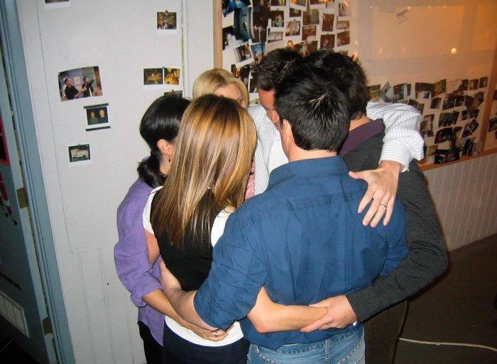 ¡Reunión secreta, selfies y más!  El elenco de 'Friends' comparte fotos de BTS del especial 'Reunion'