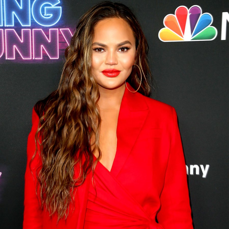 Gallery Update Chrissy Teigen Faces Bullying Accusations Cleaning