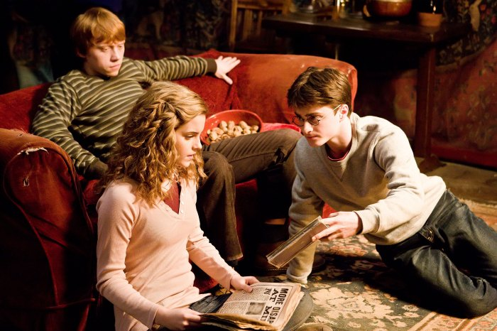 Harry Potter Evanna Lynch Intimidated by Daniel Radcliffe Emma Watson and Rupert Grint 2