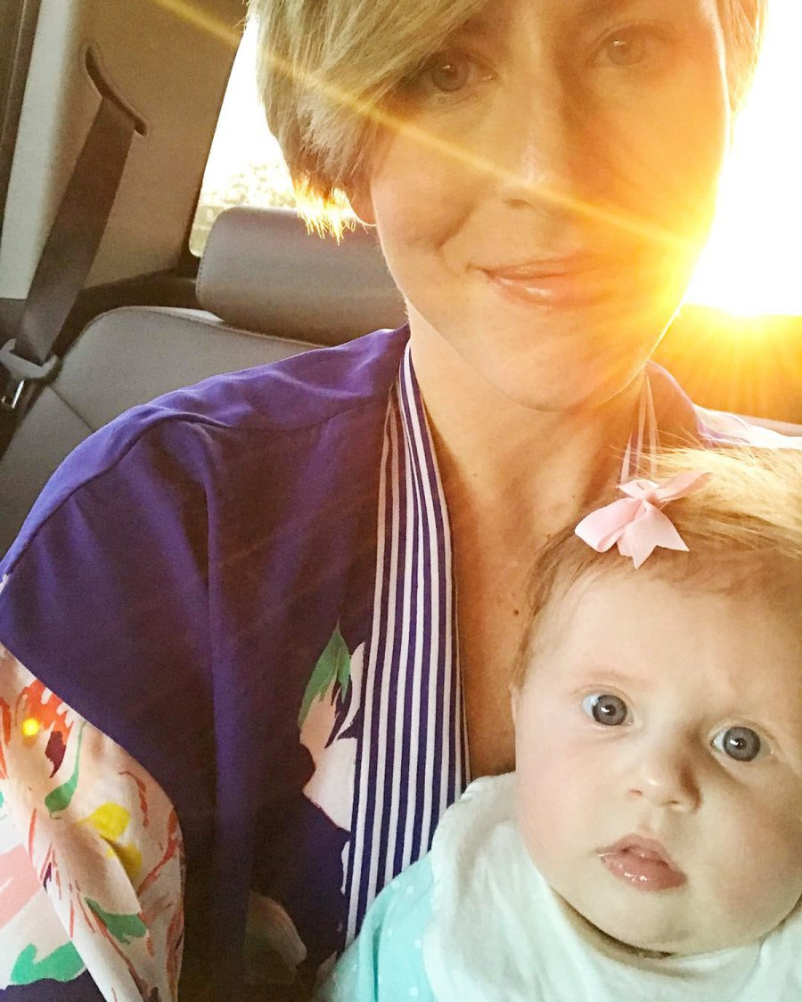 Sweet Selfie Home Town Erin Napier Ben Napier Family Album With Daughter