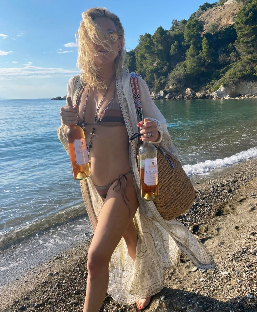 Kate Hudson Double Fisting Wine Bottles in a Bikini Is a Whole Summer Mood