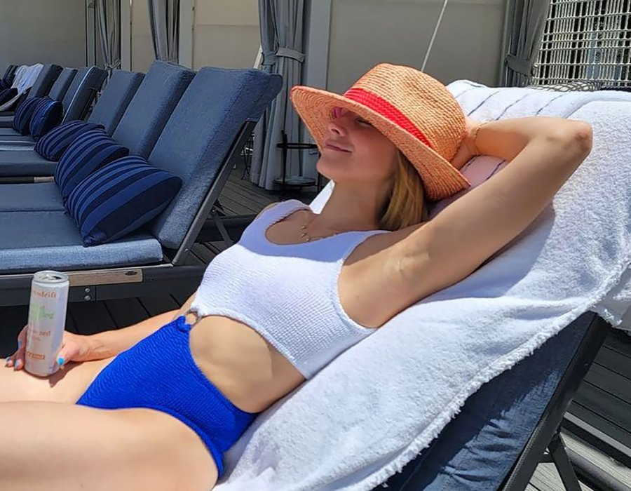 Kristen Bell Looks Insanely Relaxed While Tanning in a Terrycloth One-Piece
