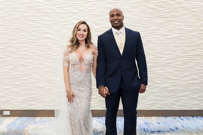 MAFS - Season 13 - Contestants - Discussion - *Sleuthing Spoilers* Married-First-Sight-Season-13-Cast-Meet-Newlyweds-002