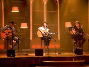 Miranda Lambert Honors Her Texas Roots During CMT Music Awards 2021 Performance