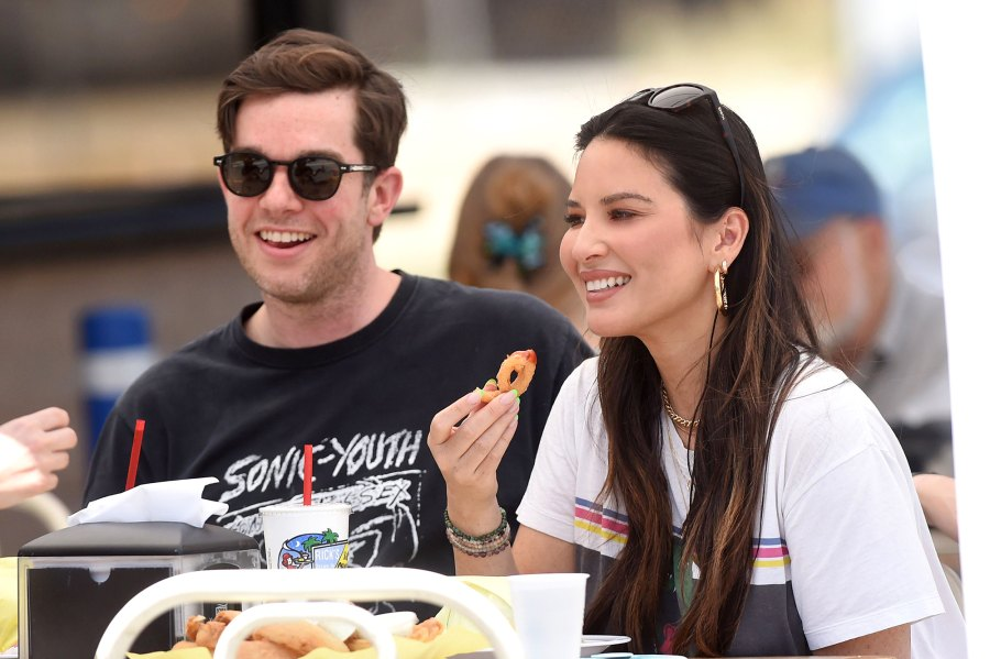 Olivia Munn So Smitten With New Flame John Mulaney 04 Lunch Date