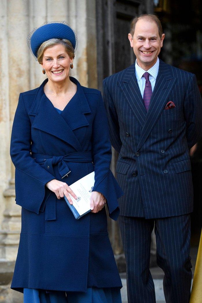 El príncipe Edward y su esposa Sophie ignoran la pregunta sobre el cuento del príncipe Harry y Meghan Markle