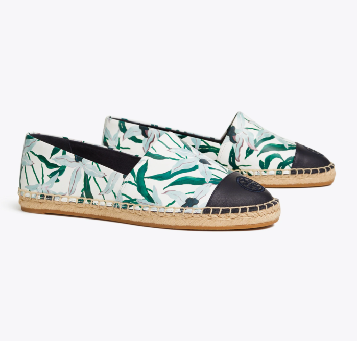 Printed espadrilles with a color block look