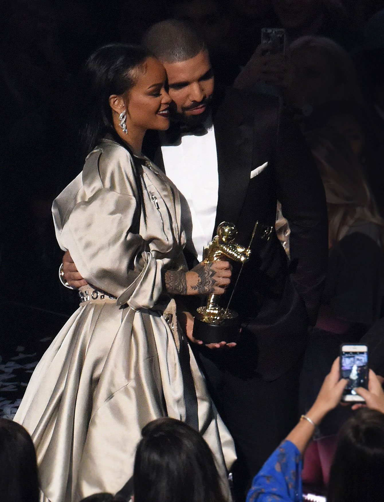 Rihanna Covers Up the Matching Shark Tattoo She Got With Drake: Details