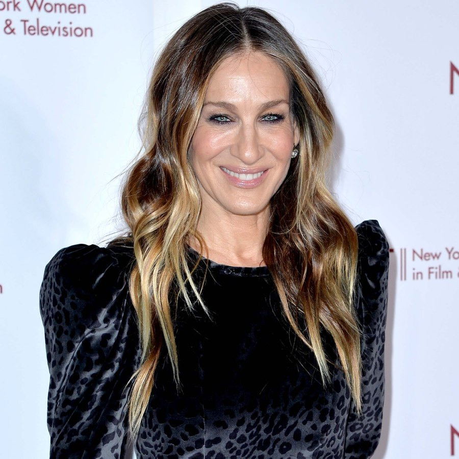 Sarah Jessica Parker Visits Carries Apartment Ahead of 1st Sex City Series Table Read Pics