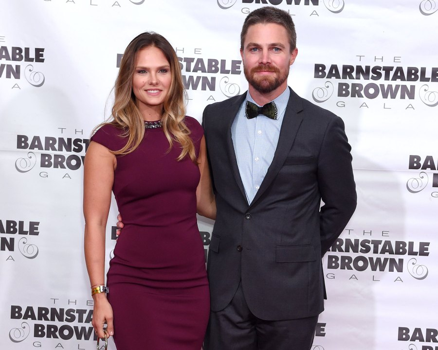 Stephen Amell Asked to Leave Flight Following Fight With Wife Cassandra