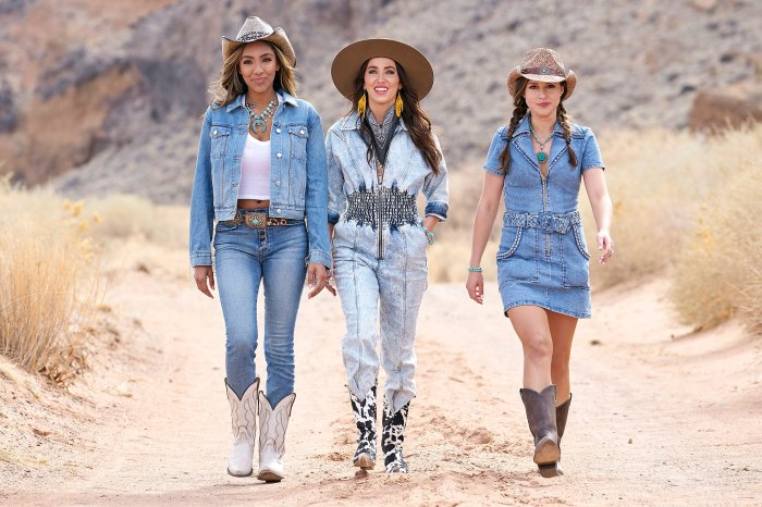 Tayshia Adams and Kaitlyn Bristowe Promise Katie Thurston Keep Her Options Open on Bachelorette Cowboy Cowgirl Western Greg Grippo