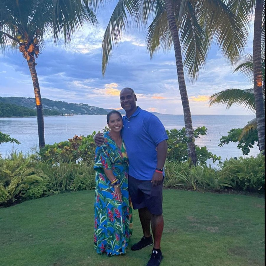 Vanessa Bryant and Daughters Vacation in Jamaica With Late Kobe Bryant Family 5