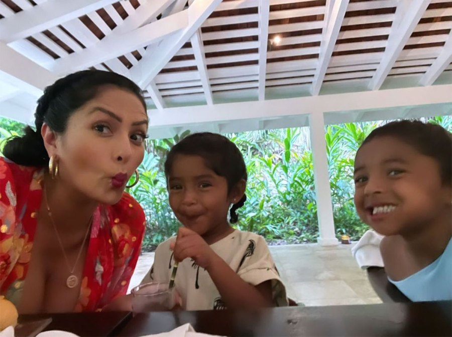 Vanessa Bryant and Daughters Vacation in Jamaica With Late Kobe Bryant Family 8