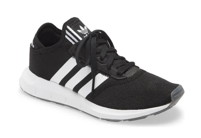 Zapatilla adidas Swift Run X