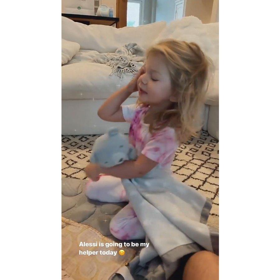 Bachelor Lauren Burnham Is Hospitalized Amid Mastitis Struggles 7