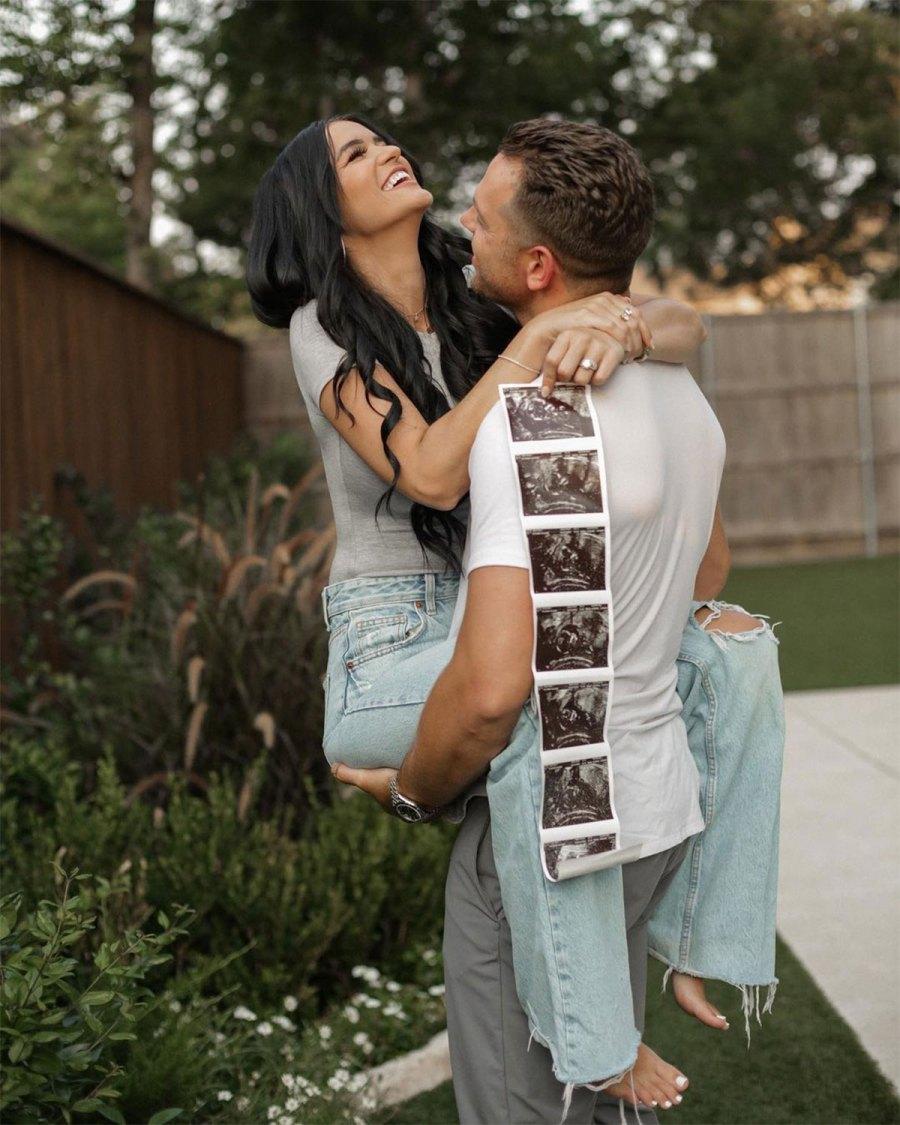 Bachelor Raven Gates Pregnant Expecting 1st Child With Husband Adam Gottschalk Courtney Matthews Photography 2
