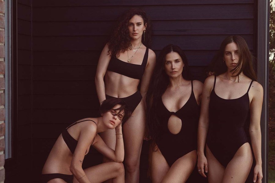 Demi Moore Rocks Matching Swimsuits With Her 3 Daughters Photos