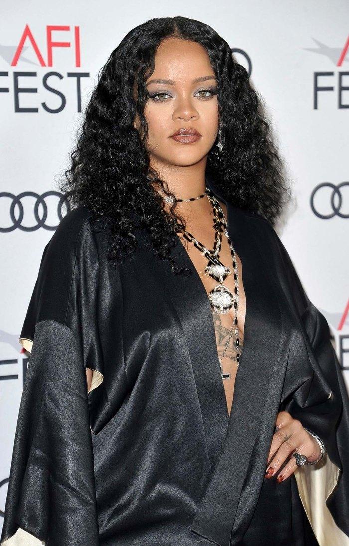 Cómo Score Sample Rihannas Sensual Fenty Perfume antes de que caiga
