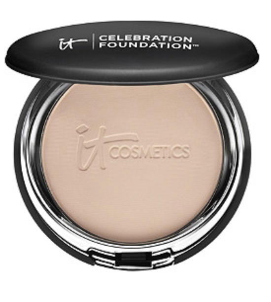 Base de maquillaje en polvo de cobertura total It Cosmetics Celebration
