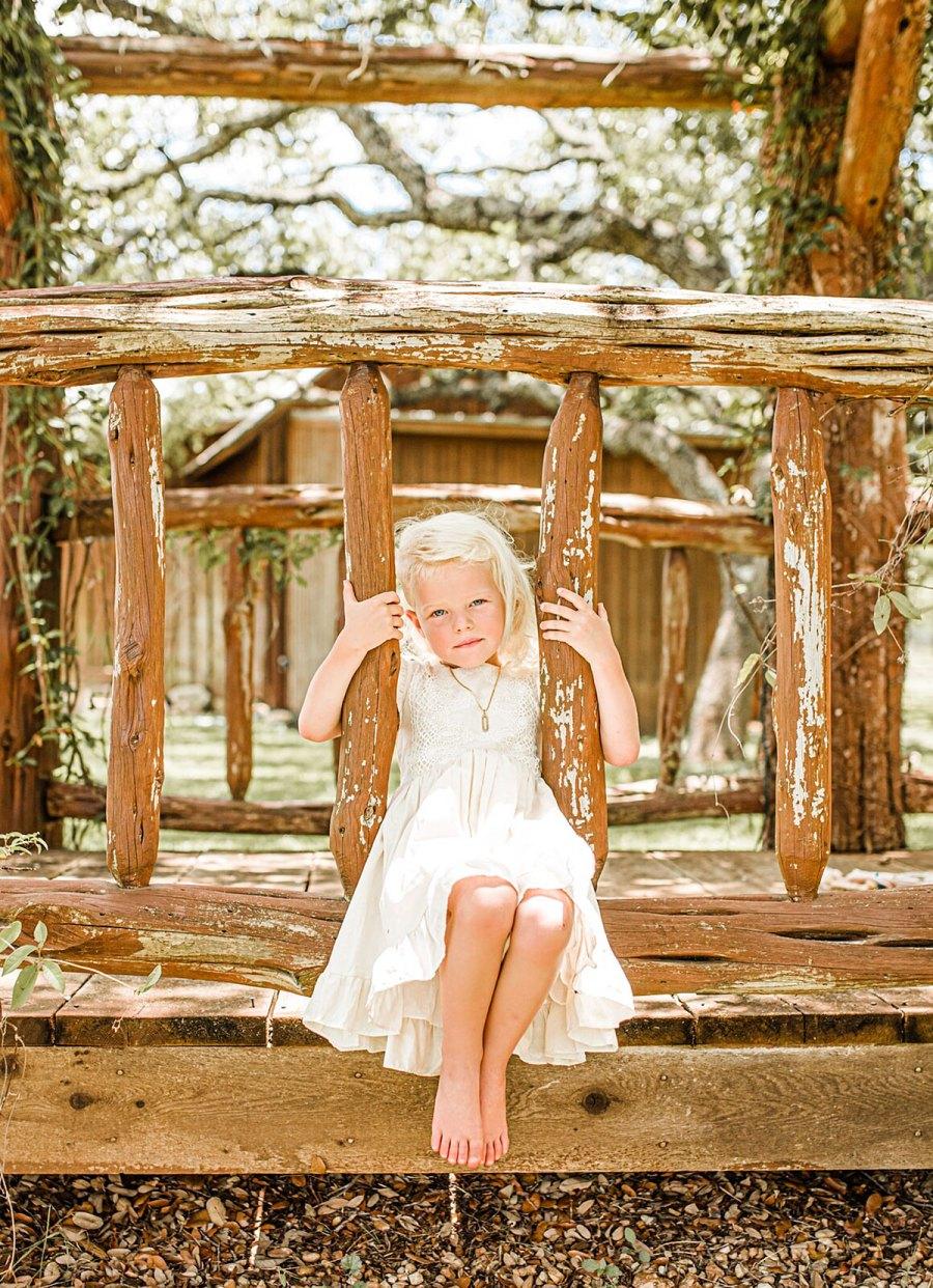 James Van Der Beek Wife Kimberly Take Family Photos Texas Home With 5 Kids