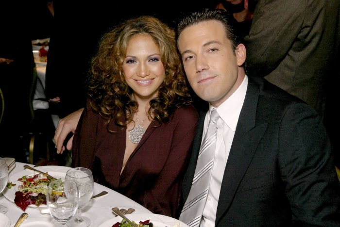 Jennifer Lopez and Ben Affleck Pack on PDA While House Hunting 2
