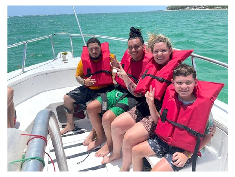 Open Water Teen Mom 2 Kailyn Lowry Takes Dominican Republic Vacation With 4 Sons