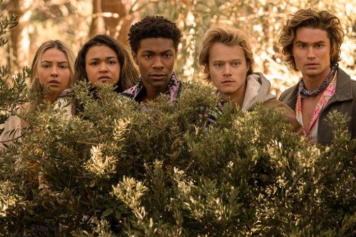 Las estrellas de Outer Banks derraman secretos de reparto que deambulan por el bosque