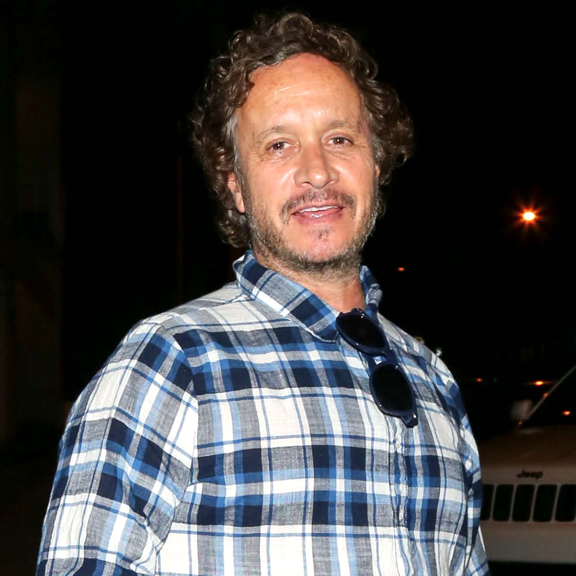 Pauly Shore: 25 Things You Don't Know About Me! thumbnail