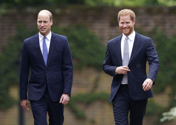 El príncipe William y el príncipe Harry se reúnen en la inauguración de la estatua de la princesa Diana en medio de la pelea 5