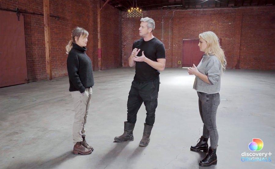 Renee Zellweger and Ant Anstead Meet Celebrity IOU 2