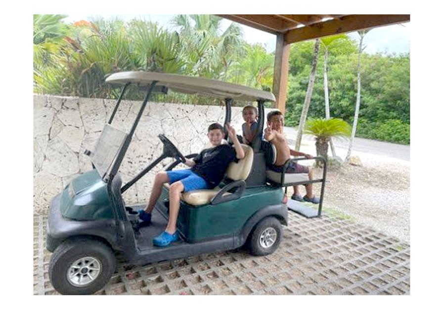 On the Move Teen Mom 2 Kailyn Lowry Takes Dominican Republic Vacation With 4 Sons