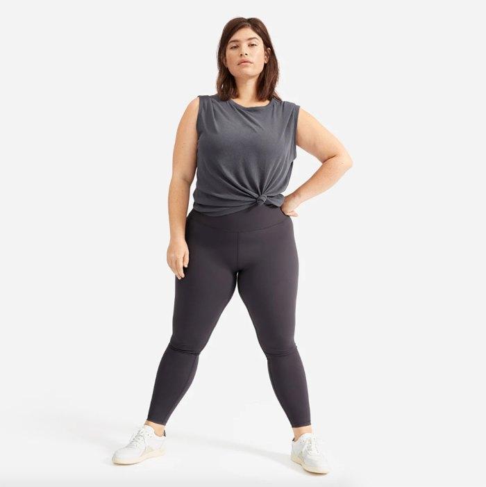 everlane-rebajas-de-verano-performance-leggings
