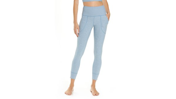 nordstrom-anniversary-sale-zella-leggings-blue