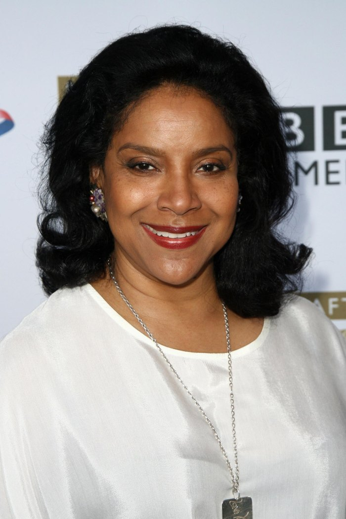 Phylicia Rashad Apologizes After Celebrating Bill Cosby's Release From Prison