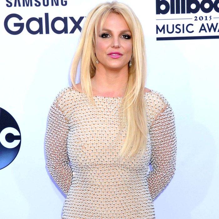 Britney Spears niega las reclamaciones por agresión de las amas de llaves en medio de una investigación