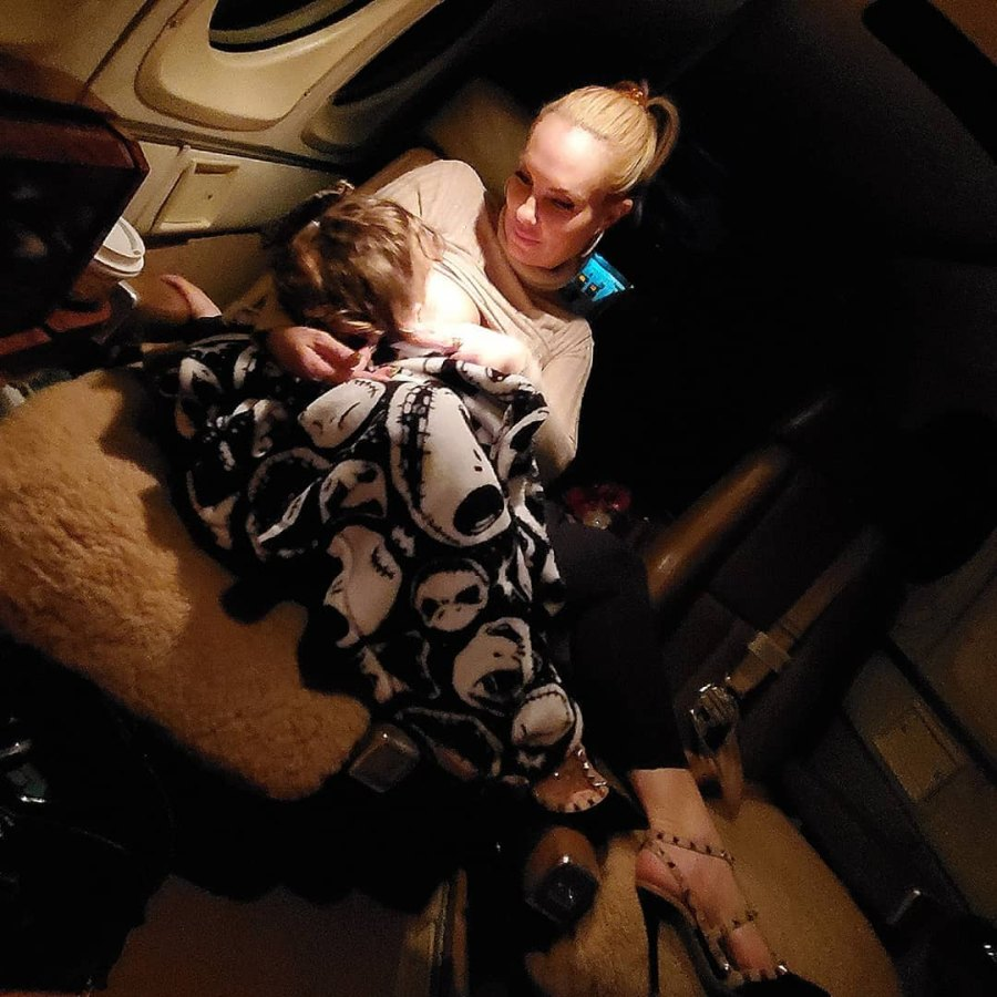 Coco Austin's Breast-Feeding Photos With Daughter Chanel, Nursing Quotes September 2019